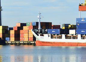 Moerdijk: werken aan de veiligste zeehaven van Benelux